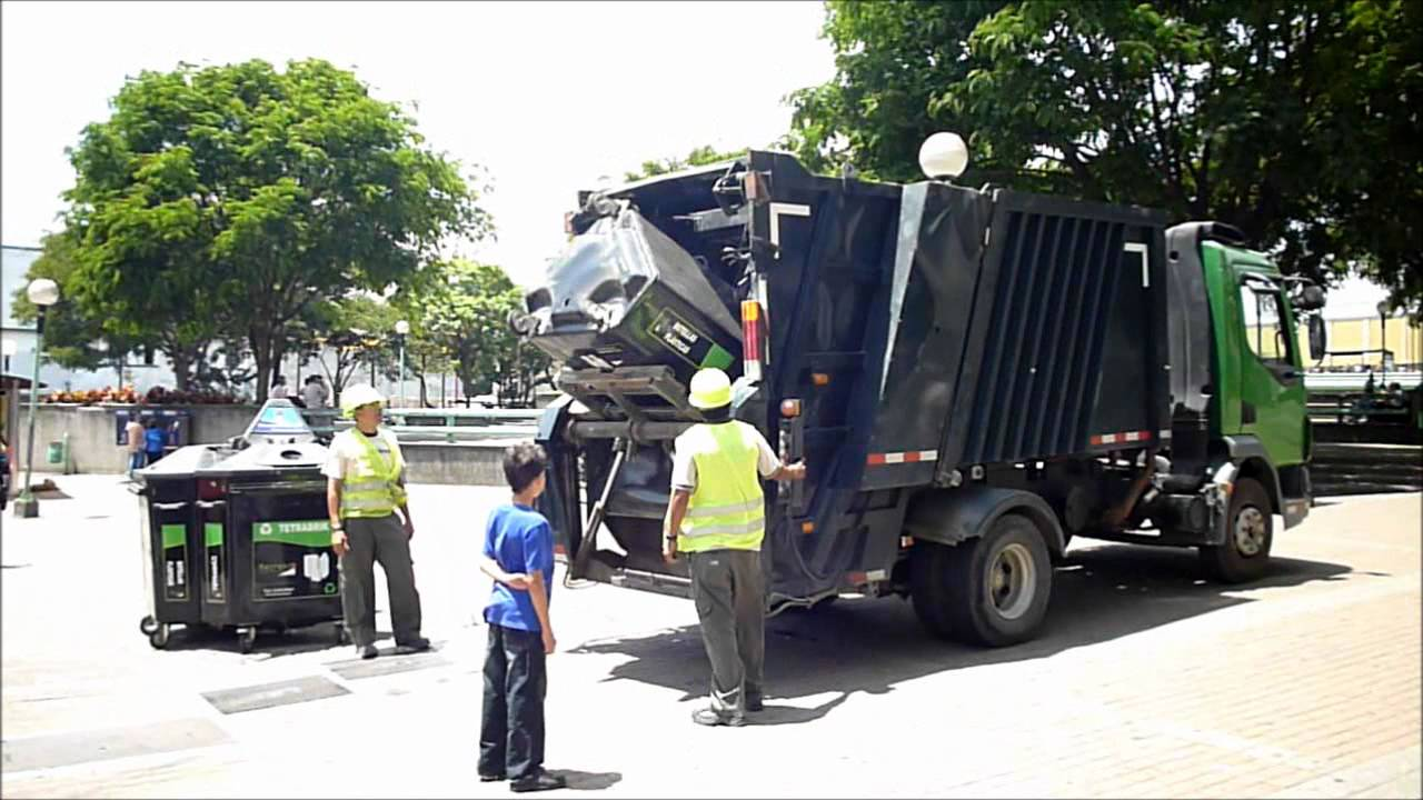 La recolección de residuos ordinarios se realiza dos veces a la semana en el cantón. Imagen con fines ilustrativos.