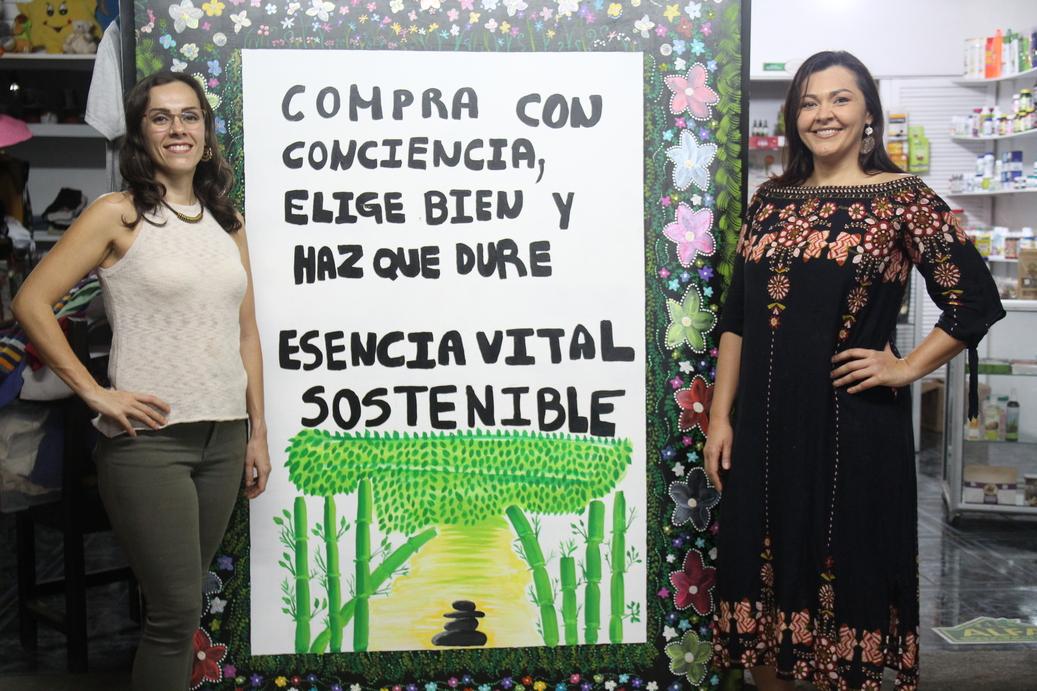 Yendry y María Lina Delgado Aguilar son las propietarias de Esencia Vital Sostenible