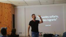 """Paulo Feoli compartió su experiencia a través de la charla """"Si puedes soñarlo, puedes lograrlo""""."""