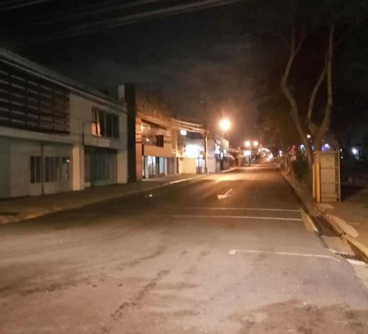 Calles vacías, negocios cerrados y poca gente, la tónica de Belén en tiempos del coronavirus.