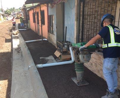 La zona franca America Free Zone (AFZ) ha aportado en el desarrollo del cantón de Flores de Heredia mediante la construcción varias obras.
