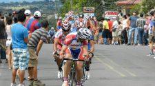 Con gran algarabía, los belemitas disfrutaban del Circuito Presidente. Fotografías del año 2012, tomadas de la página de facebook Vuelta Costa Rica Circuito Presidente Belén.