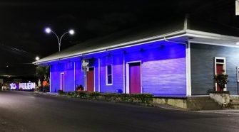 La Estación del Ferrocarril se iluminará de azul durante abril. Foto: Alejandro Umaña.