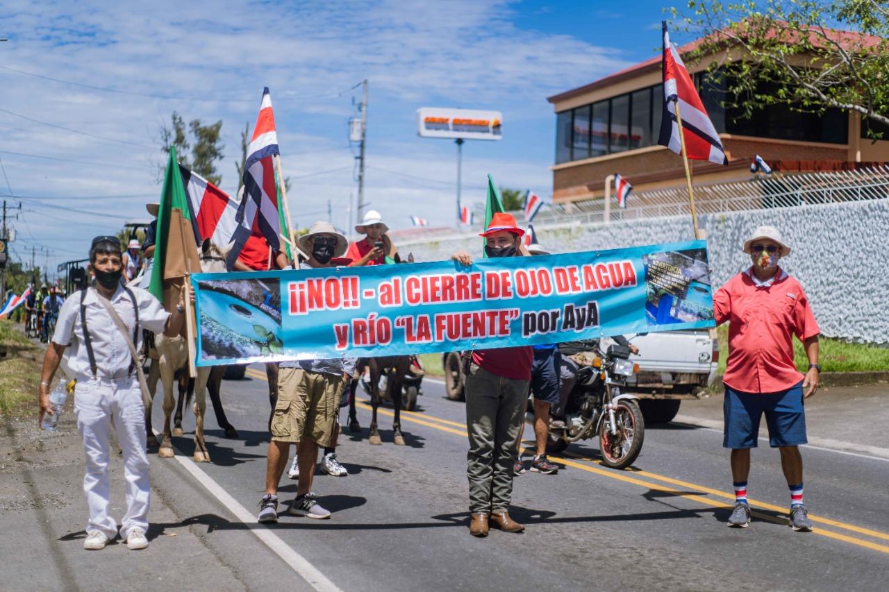 El 13 de setiembre, sanfaraeleños y belemitas se manifestaron a favor del Ojo de Agua y el río La Fuente.