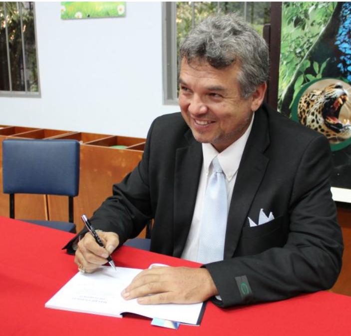 Edgar Murillo tiene varias publicaciones sobre masajes y lesiones deportivas